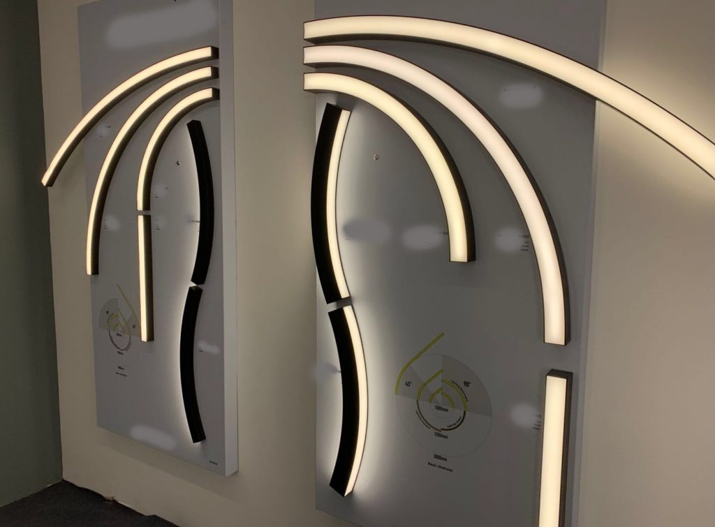 Curvy aluminium profile. Install modules together, get the shape as you wish.