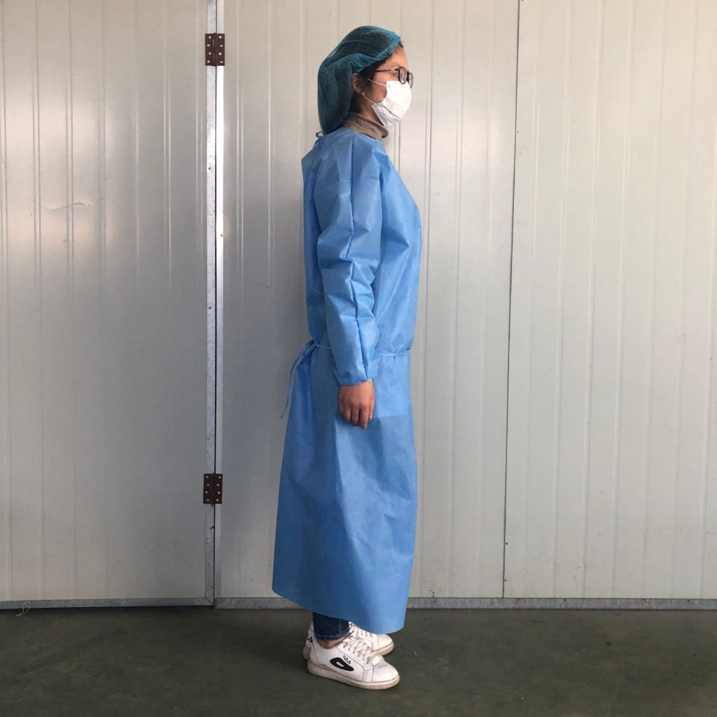 Disposable Gowns and Gloves